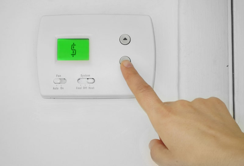 How Do I Know When to Replace My Thermostat in Baton Rouge, LA?
